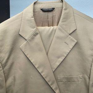 Men's Tan Summer Suit by Harold Powell 46L